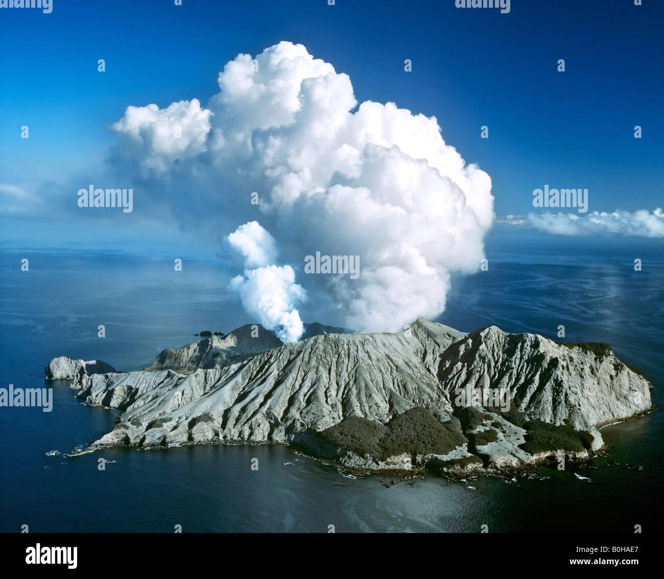 White Island, eruzione vulcanica, Baia di Planty, Isola del nord, Nuova Zelanda Immagini Stock
