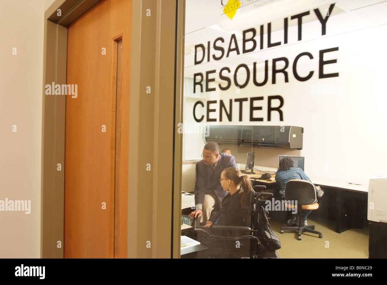 Accesso per disabili Centro risorse a Bowie Università dello Stato del Maryland USA Foto Stock