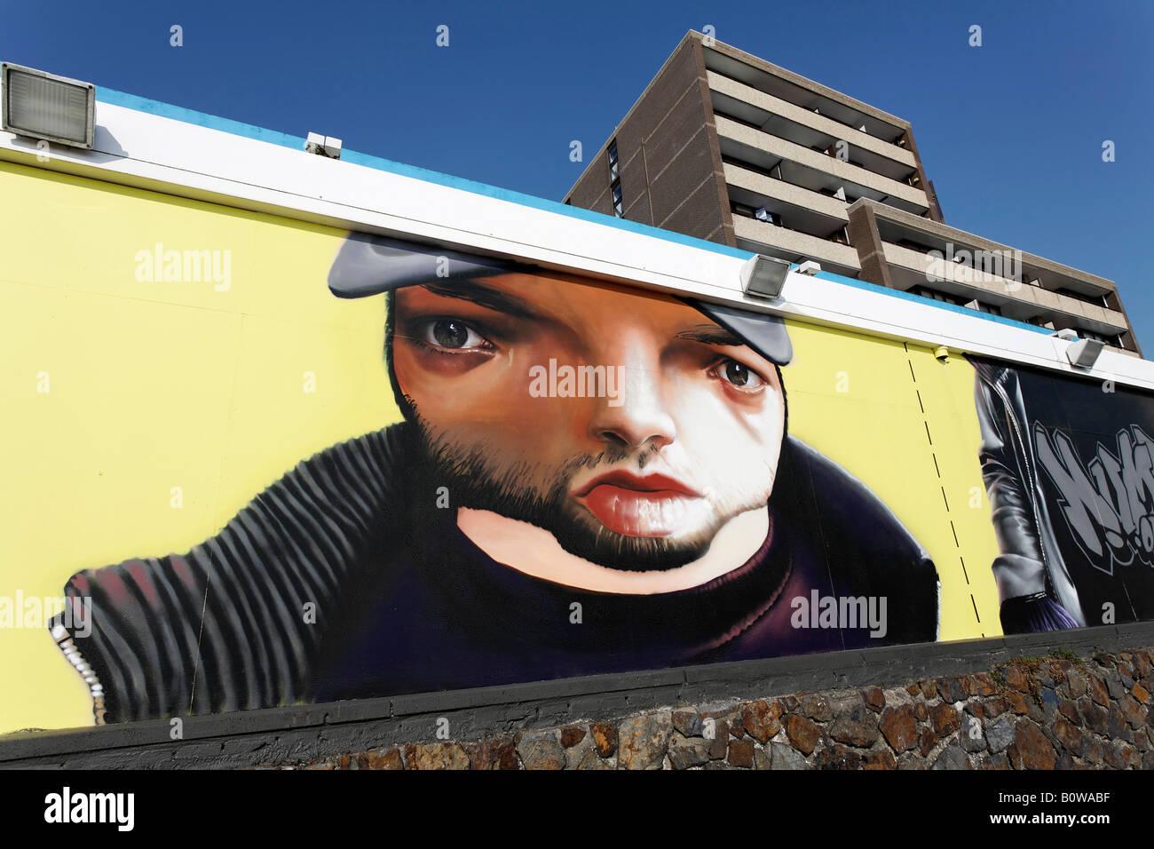 Graffiti art project, abbandonato Hotel Britannia, Evertsen Boulevard, Vlissingen, Walcheren, Zeeland, Paesi Bassi, Immagini Stock