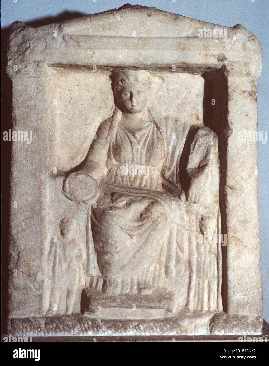 Madre degli dèi, rilievo greco. Del IV secolo A.C. Trovato in Agora, Grecia Foto Stock