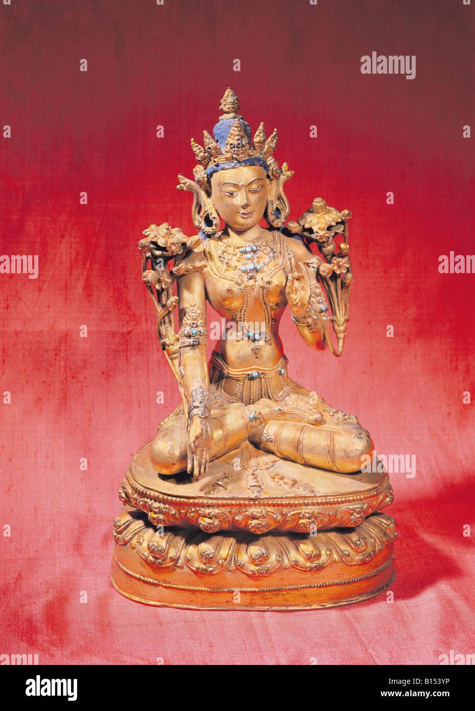 Belle arti, Nepal, scultura, Kwannon sul trono, statua, guilded bronzo con turquise, secoli XVIII e XIX secolo, Immagini Stock