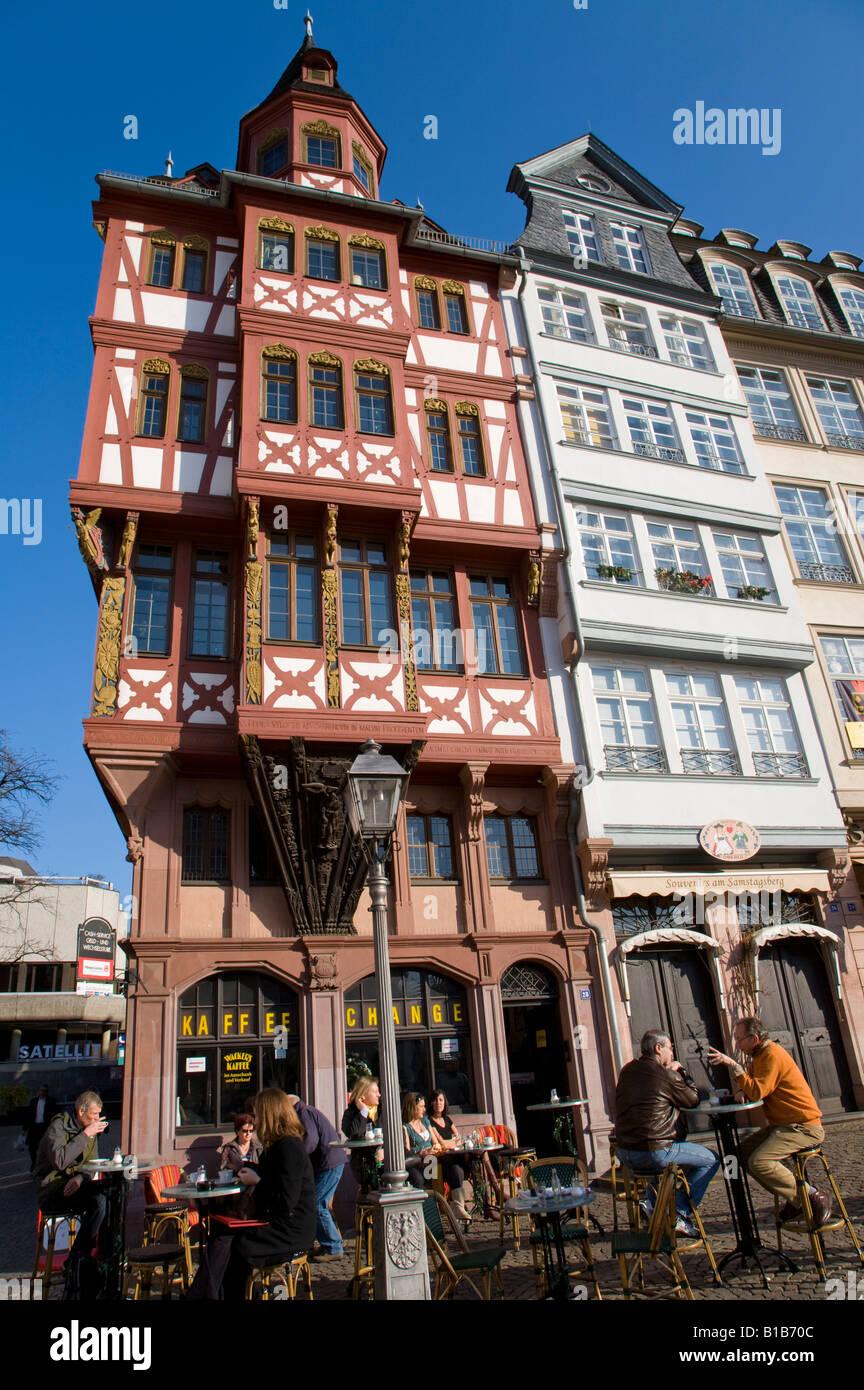 In Germania, di Francoforte sul Meno, Città Vecchia, sidewalk cafe Immagini Stock