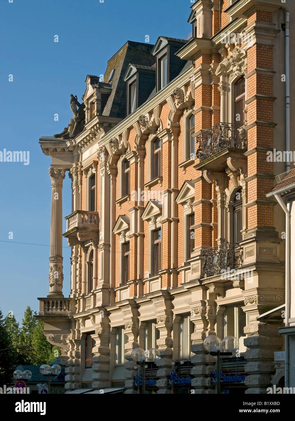 Architectural style immagini architectural style fotos for Nuove case in stile vittoriano di costruzione