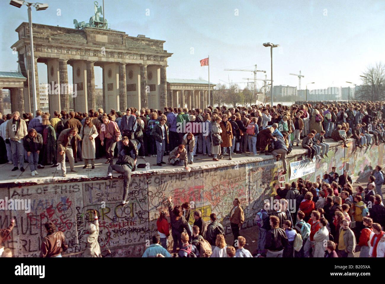Caduta del muro di Berlino Immagini Stock