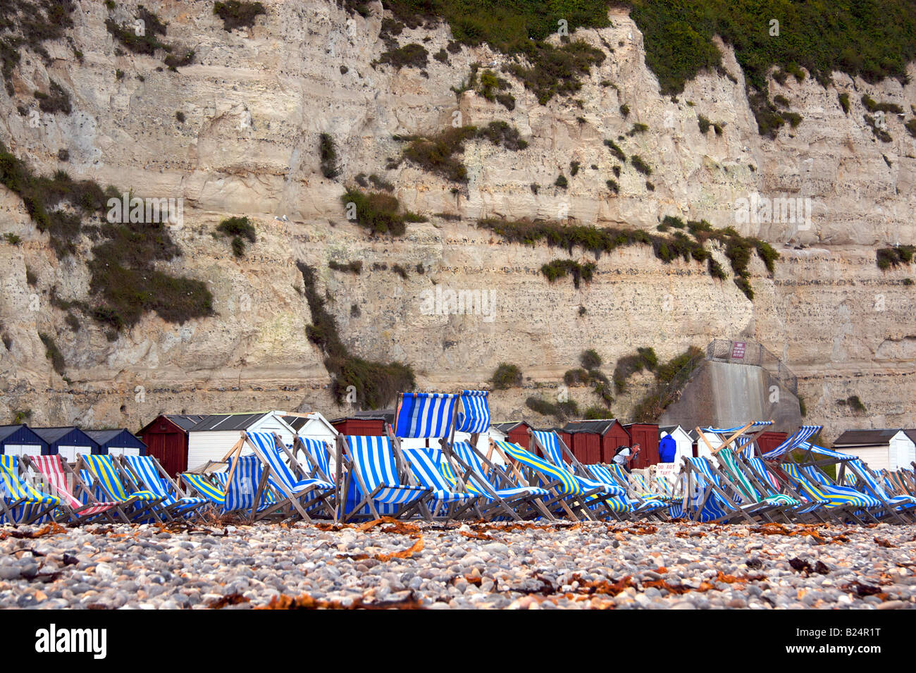 Sedie a sdraio sulla spiaggia Immagini Stock
