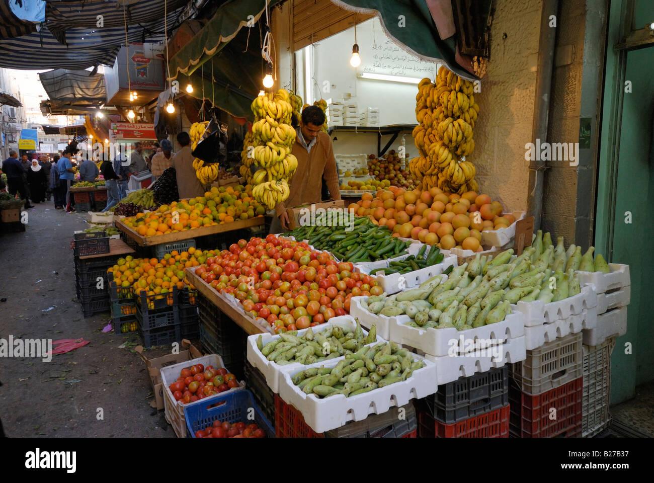 Mercato di frutta e verdura, Amman, Giordania, Arabia Immagini Stock