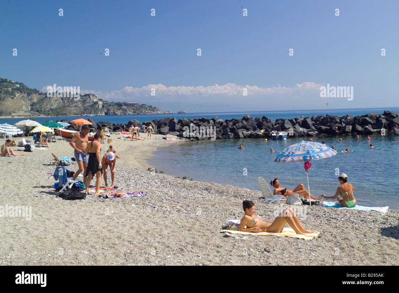 Spiaggia giardini naxos