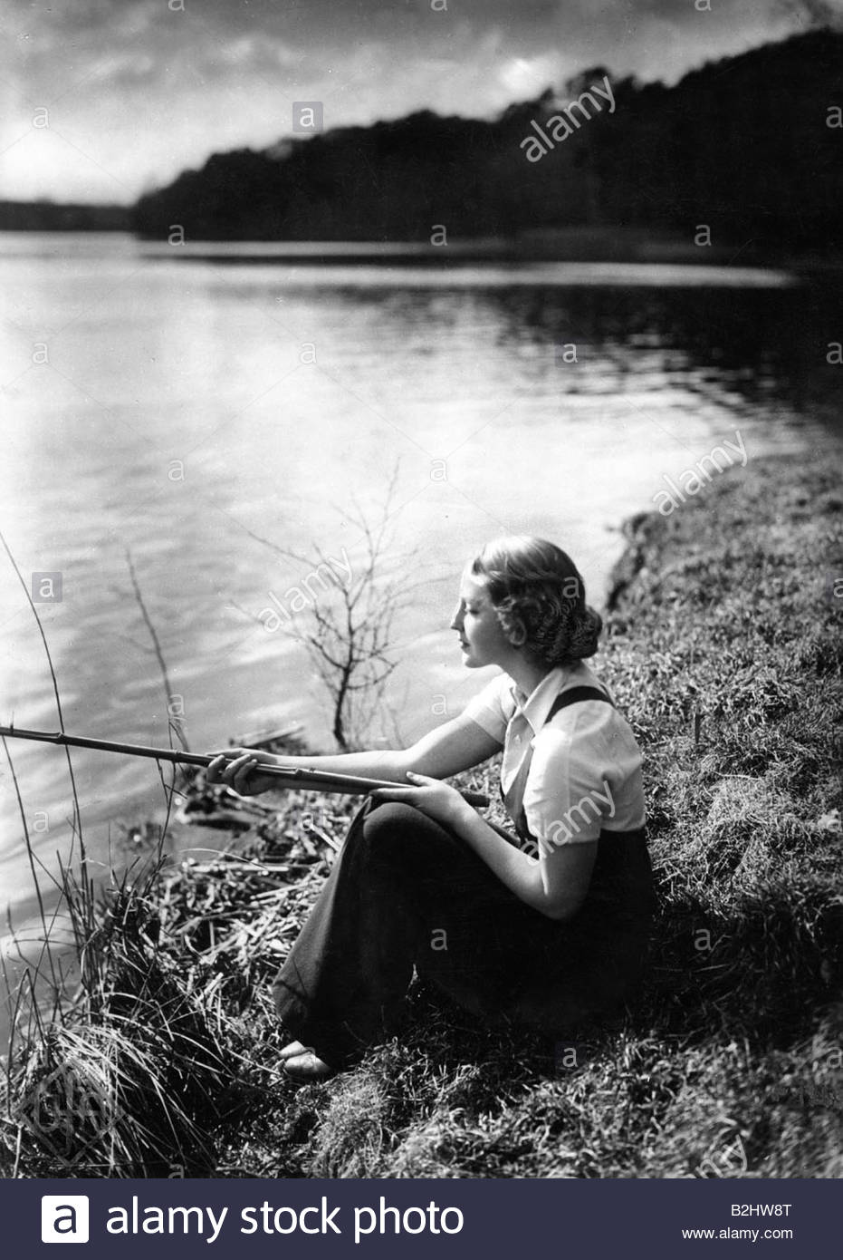 Helm, Brigitte, 17.3.1906 - 11.6.1996, attrice tedesca, a piena lunghezza e angolazione, 1920s/1930s, Additional Immagini Stock