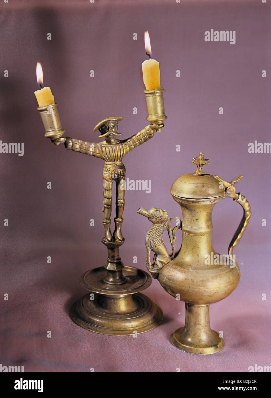 Abitazione, lampade, candeliere e becco flagon, ottone, Germania meridionale, circa 1500, Additional-Rights-giochi Immagini Stock