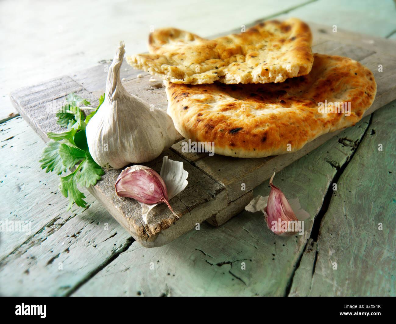 Aglio e coriandolo da pane naan indiano Immagini Stock