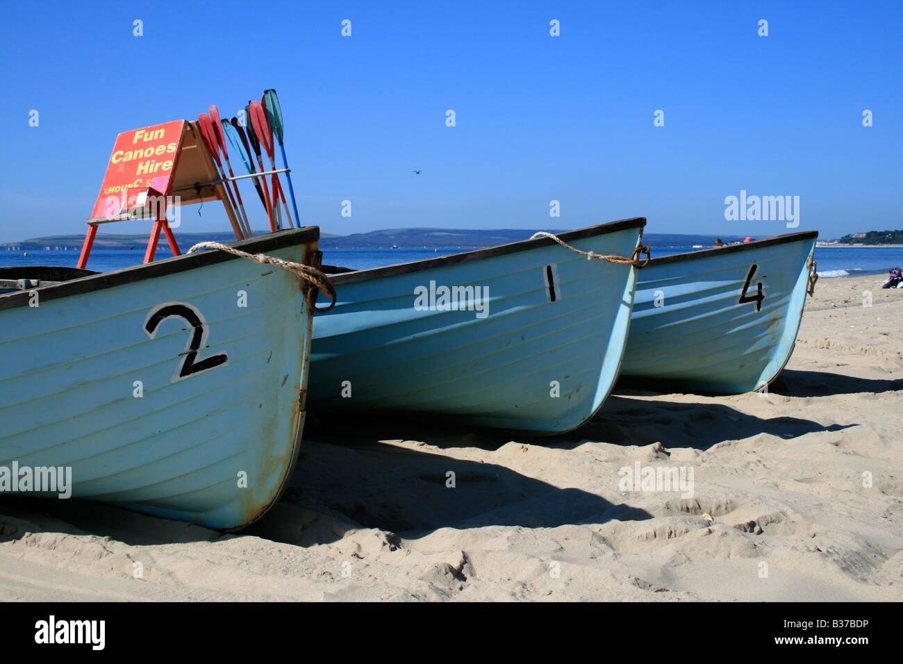 Tre barche di blu. Foto di Kim Craig. Immagini Stock