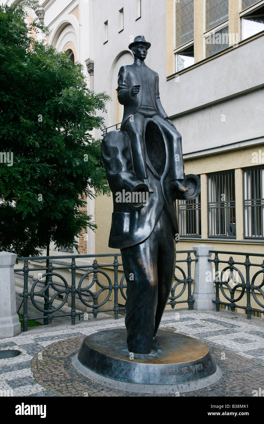 Agosto 2008 - Franz Kafka monumento Josefov Praga Repubblica Ceca Immagini Stock