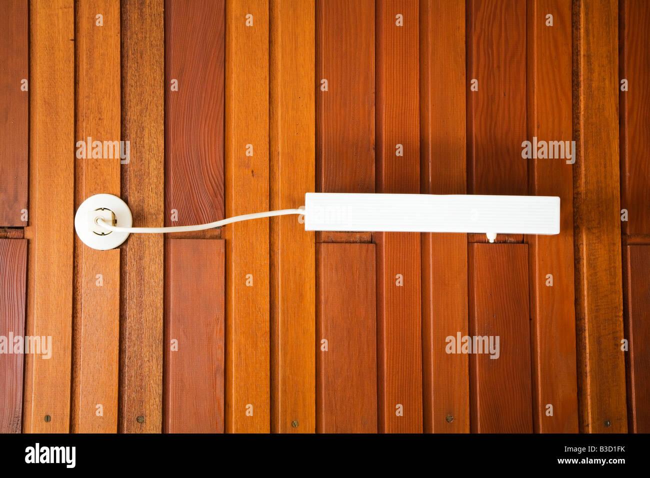 Plafoniere Da Parete In Legno : Interno ufficio manager con pareti bianche originali lampade
