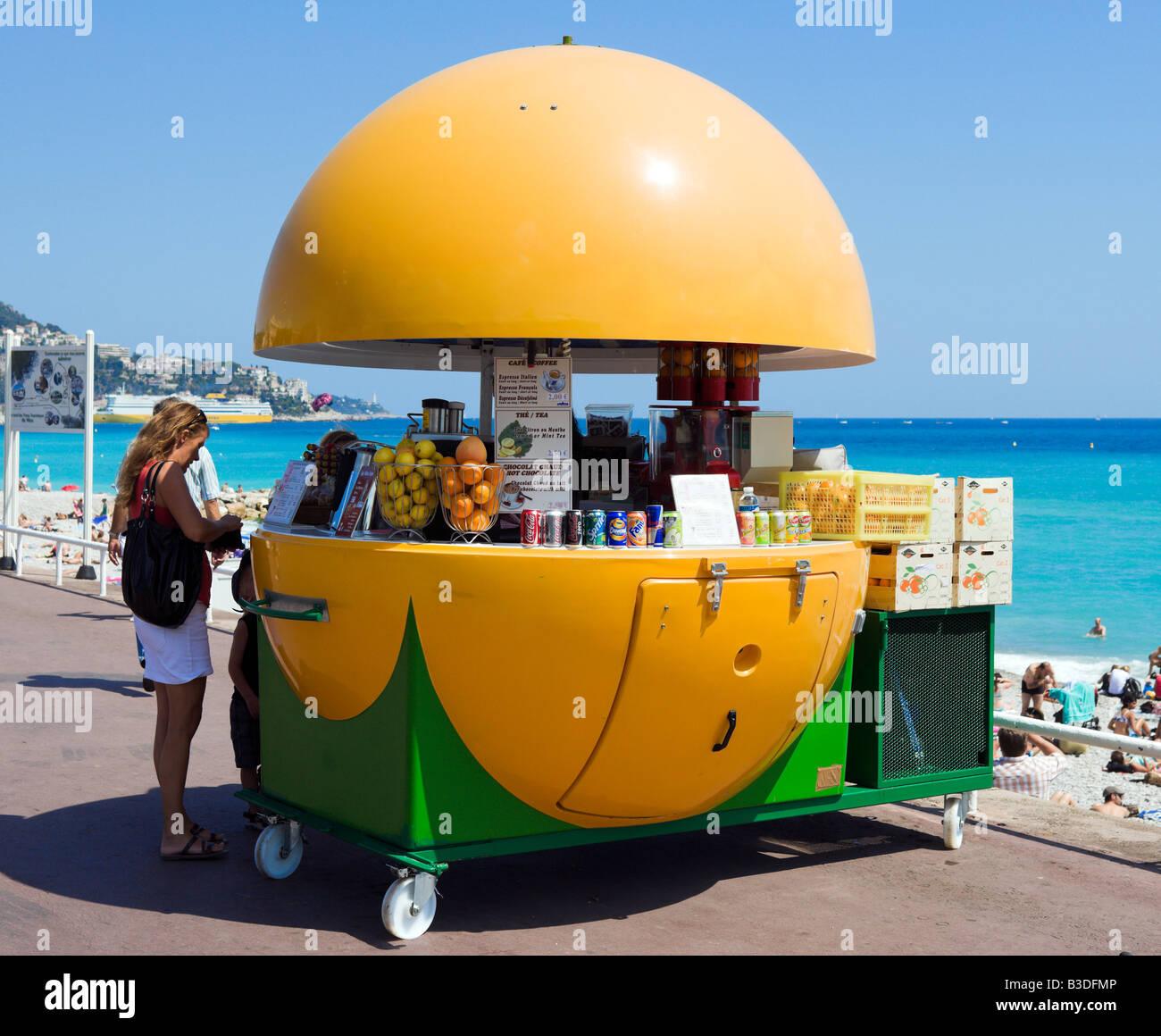 Juice Bar sulla Promenade des Anglais, Nice Cote d'Azur, Costa Azzurra, Francia Immagini Stock