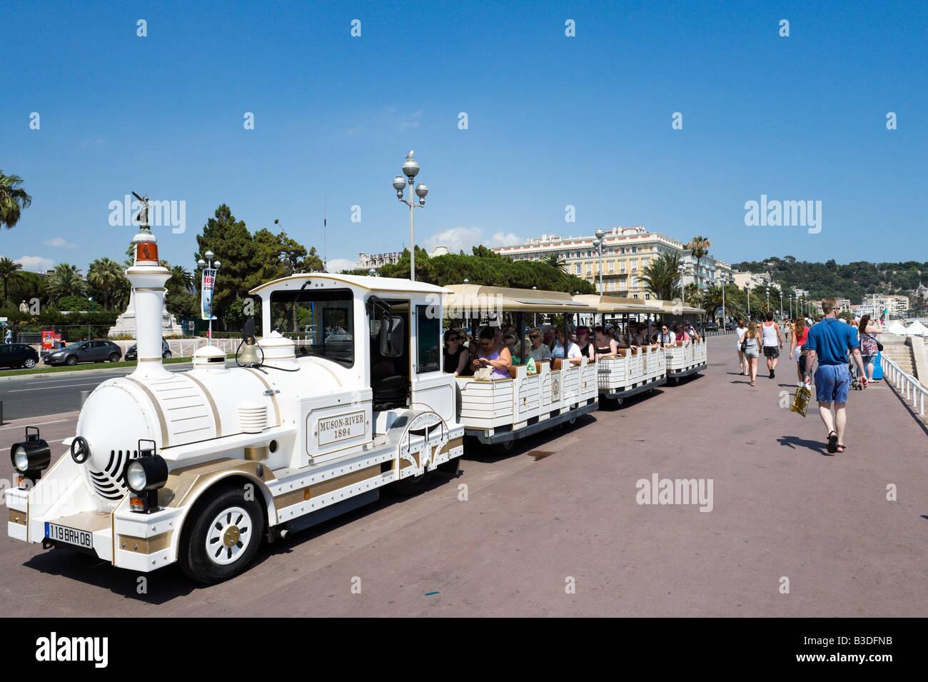 Tour treno sulla Promenade des Anglais, Nice Cote d'Azur, Costa Azzurra, Francia Immagini Stock