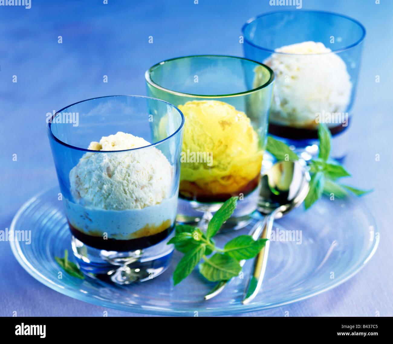 Il trio di gelato Immagini Stock