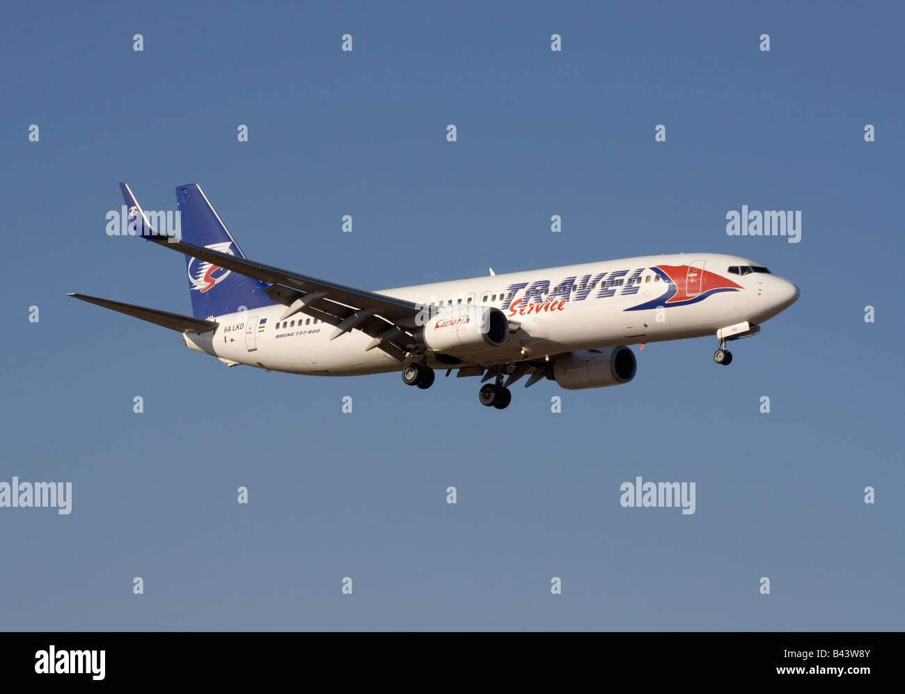 Servizio di viaggio Boeing 737-800 All'arrivo Immagini Stock