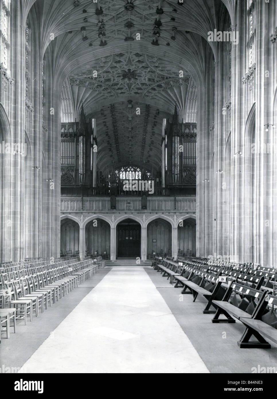 St Cappella GeorgeÛs Windsor Interno della chiesa edificio vetrata banchi architettura castello gotico di vecchi Immagini Stock
