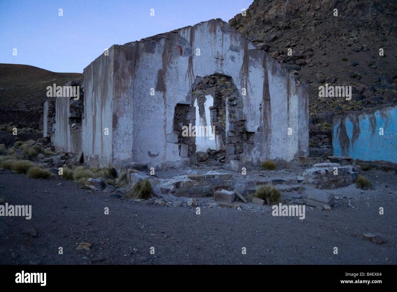 Pueblo Fantasma o città fantasma vicino a San Antonio de Lipez nel sud-ovest della Bolivia Immagini Stock