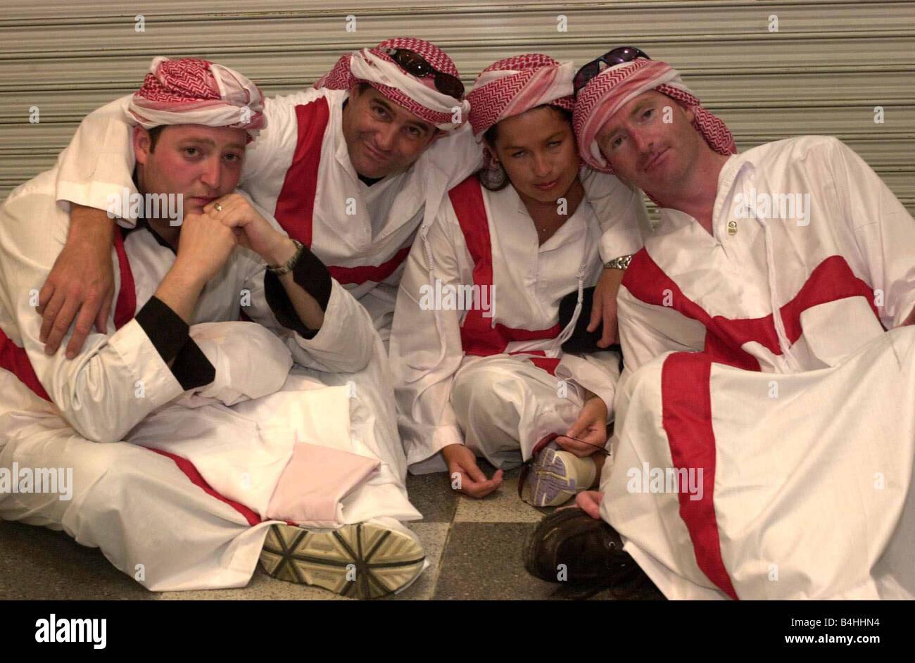 England Football Fans sostenitori Giugno 2002 deluso i tifosi inglesi dopo l'Inghilterra v Brasile Match in Immagini Stock
