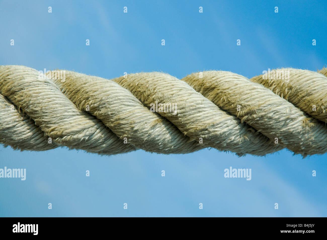 La fune contro il cielo blu Immagini Stock