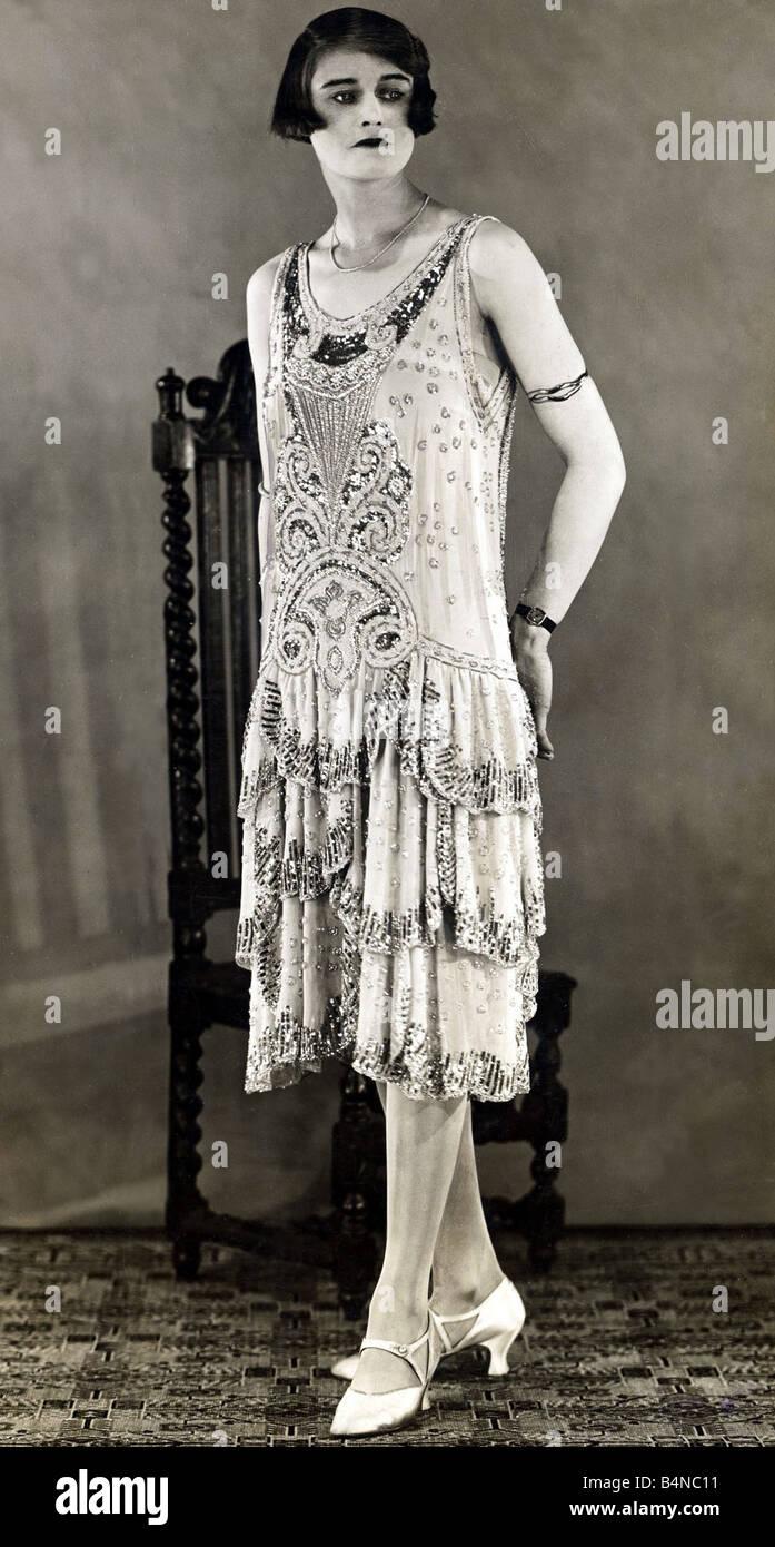 Abiti Da Sera 1920.Moda 1920 Abito Da Sera Di Luglio 1926 Abito Da Sera Di Paillette