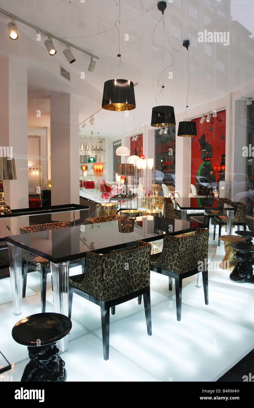 Kartell shop design Via Turati milano lombardia italia Foto ...