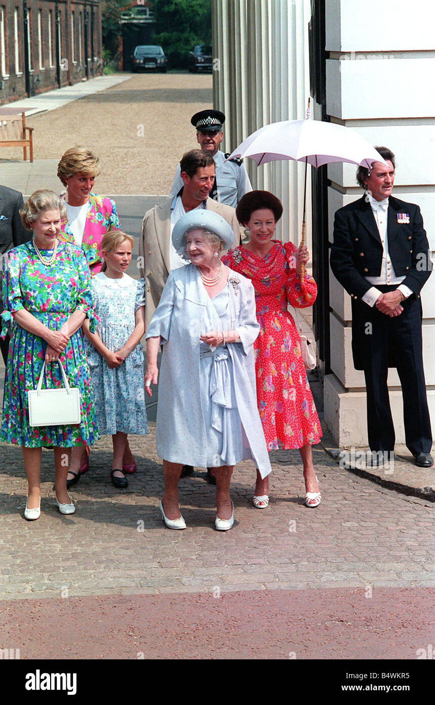 Foto Natale Famiglia Reale Inglese 1990.Queen Mother Other Members Royal Immagini E Fotos Stock Alamy