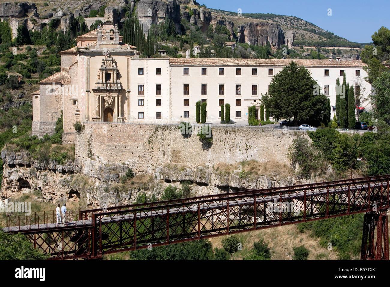 Convento de San Pablo, ora un Parador de Turismo, Cuenca, Castilla-La Mancha, in Spagna, Europa Immagini Stock