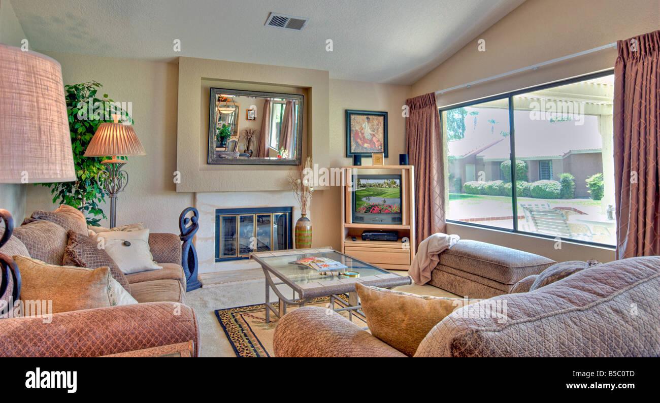 Oasis country club palm desert soggiorno livingroom interni in legno