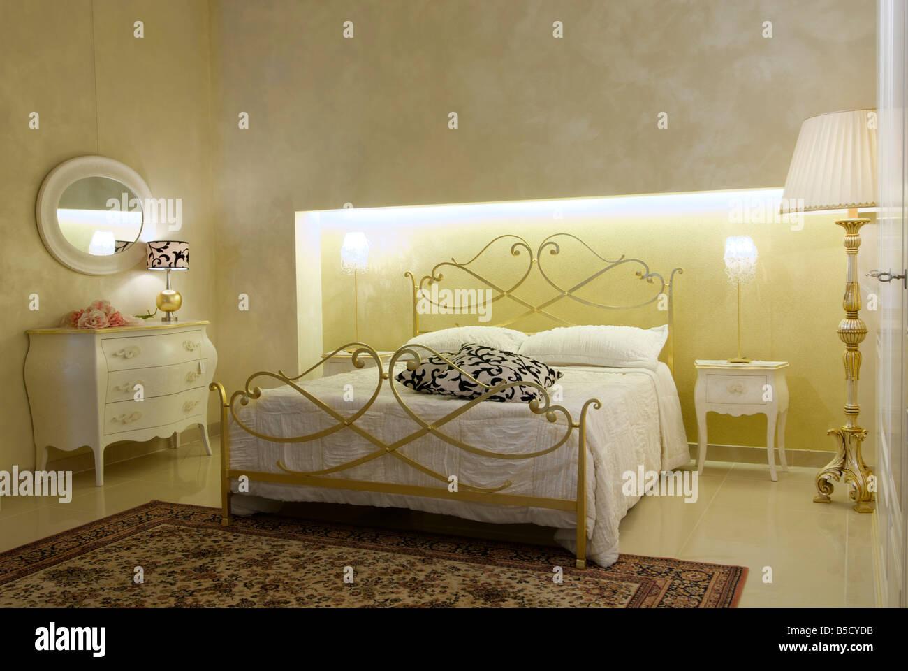 Riscaldare Camera Da Letto riscaldare la camera da letto classica foto & immagine stock