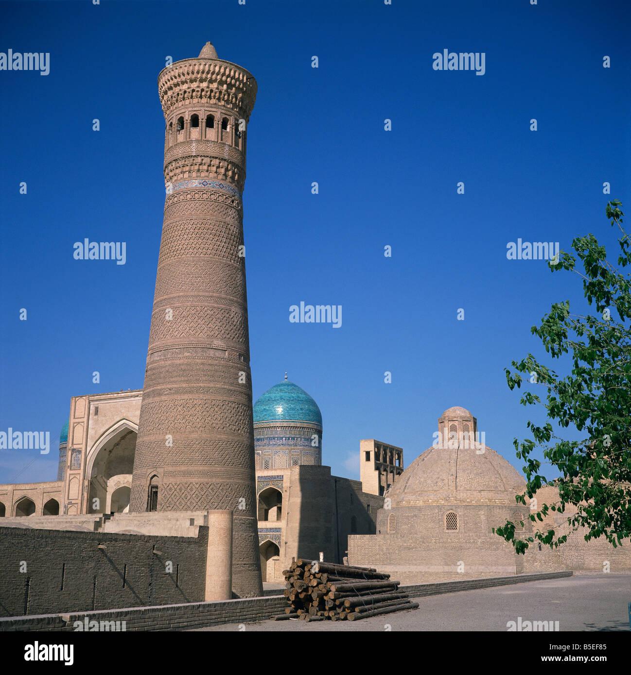 La torre di morte o Minareto Kalyan risalente al 1127 e poi Kalyan Madrasah12th C A C xix secolo nella città Immagini Stock