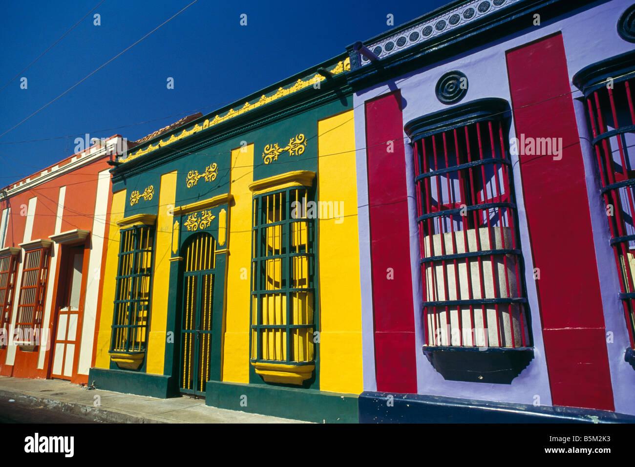 Colorate case tradizionali a maracaibo venezuela sud for Case tradizionali