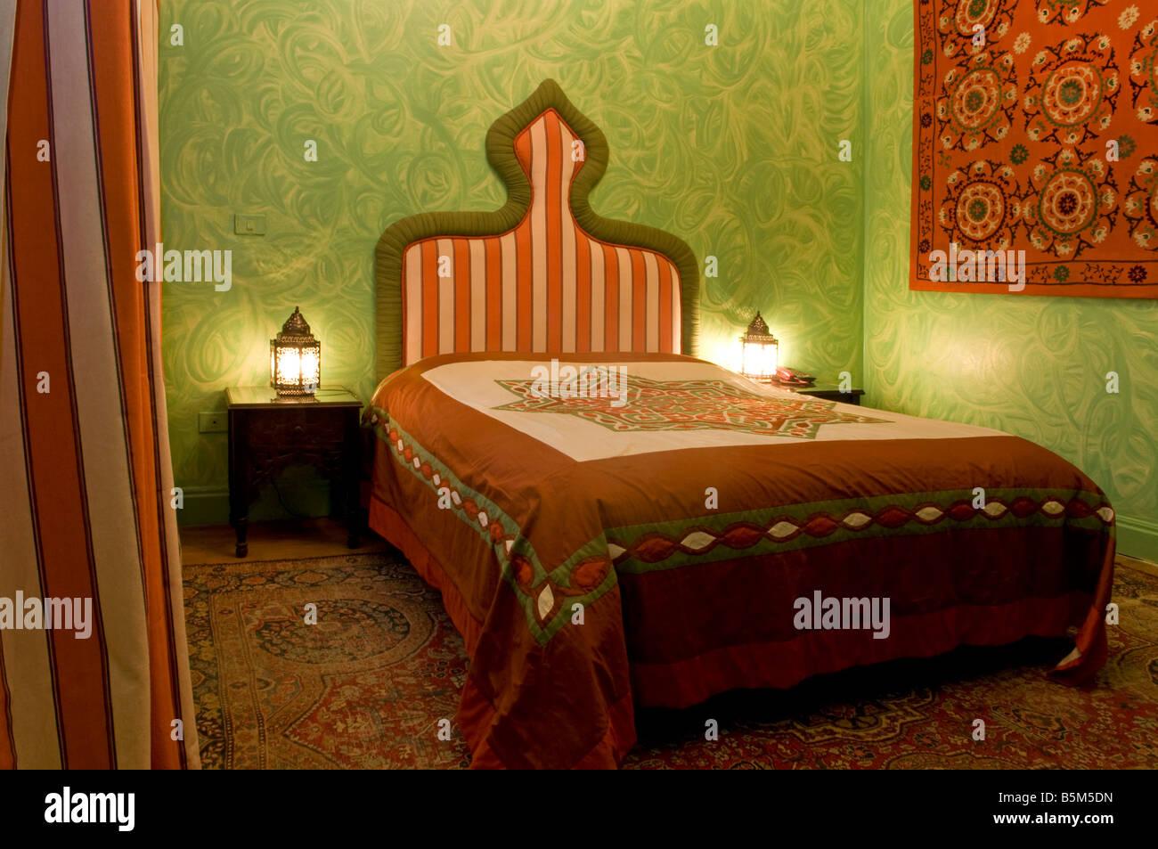Camera Da Letto Stile Orientale : Tipiche camere da letto decorate in stile orientale di talismano