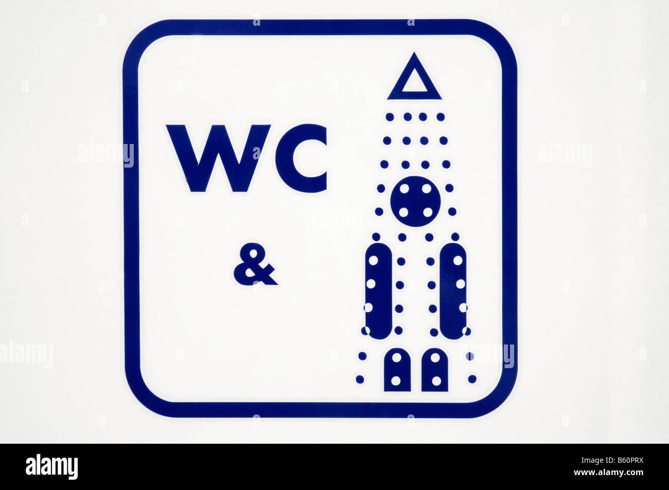WC, WC, doccia disponibile, offerta, segno, orientamento, Altea, Costa Blanca, Alicante, Spagna, Europa Immagini Stock