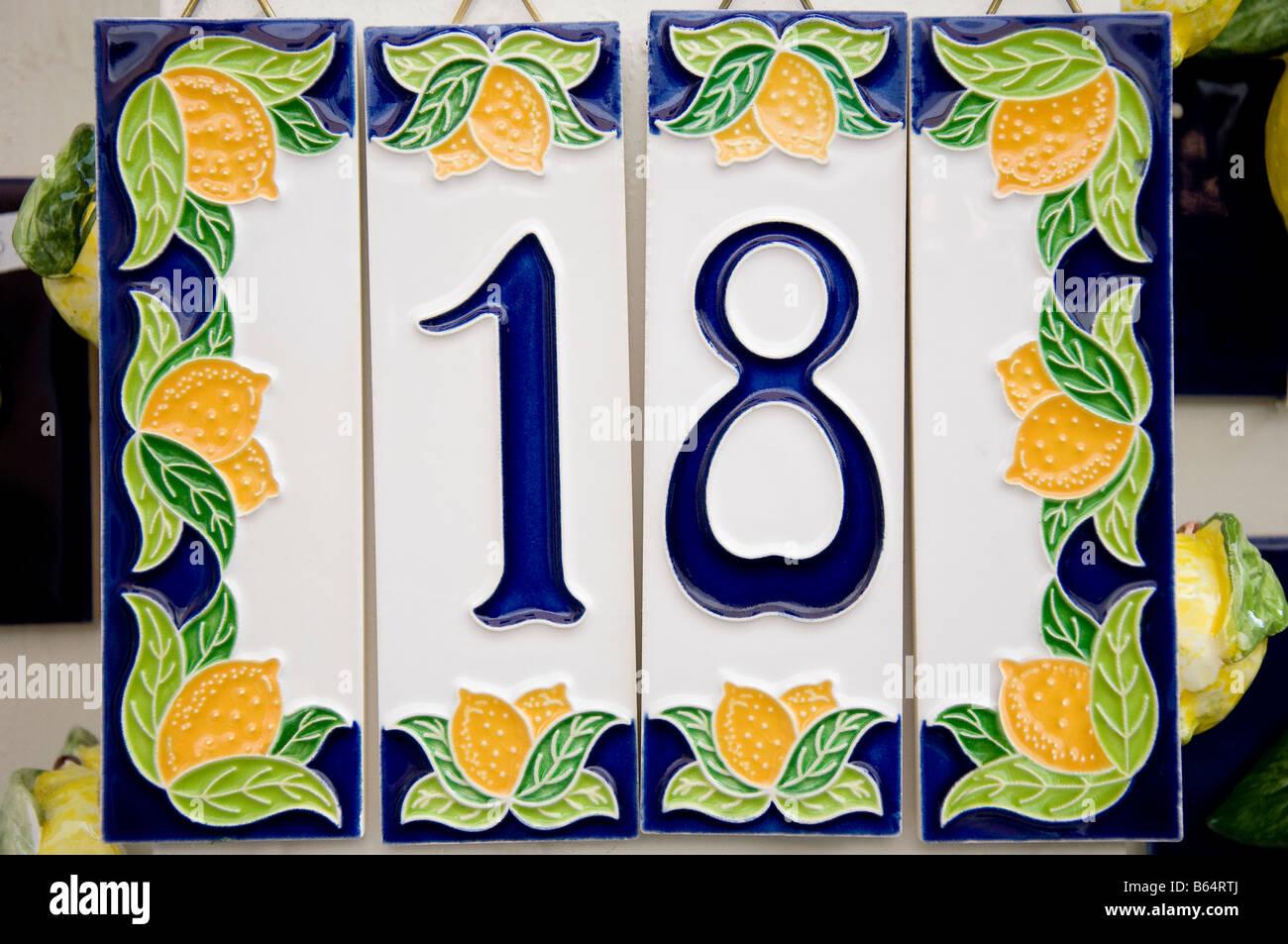 Ceramic house number immagini & ceramic house number fotos stock alamy
