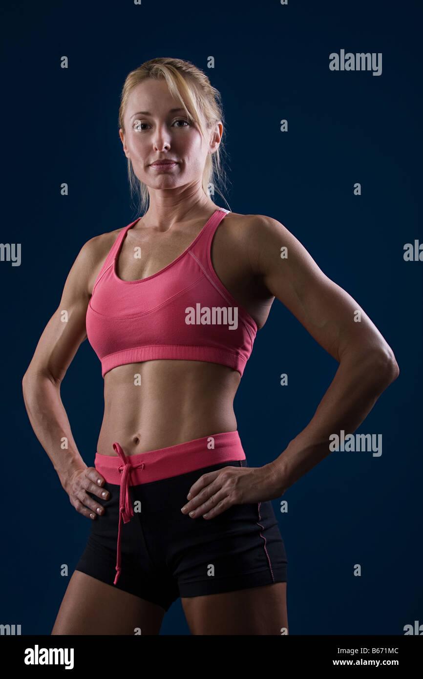 Ritratto di una donna muscolare Immagini Stock