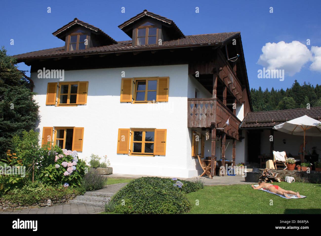 Facciata Casa Di Campagna facciata di un vecchio bavarese tradizionale casa di