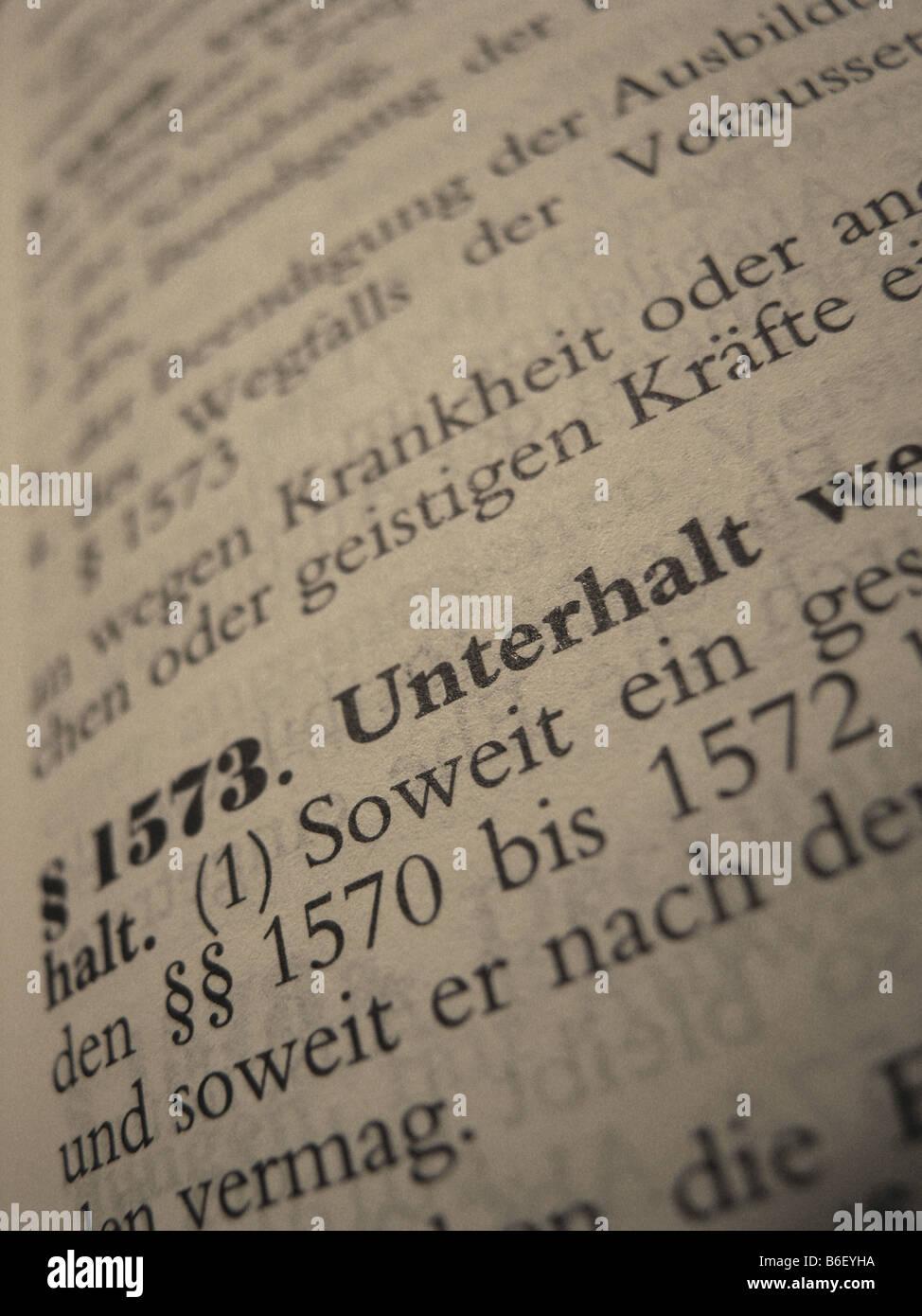 Testo giuridico nel libro dello statuto nazionale di diritto tedesco: Codice civile tedesco, (paragrafo) 1573: alimony Immagini Stock