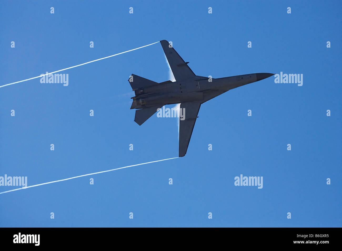 General Dynamics F 111 Swing Wing jet fighter RAAF Immagini Stock