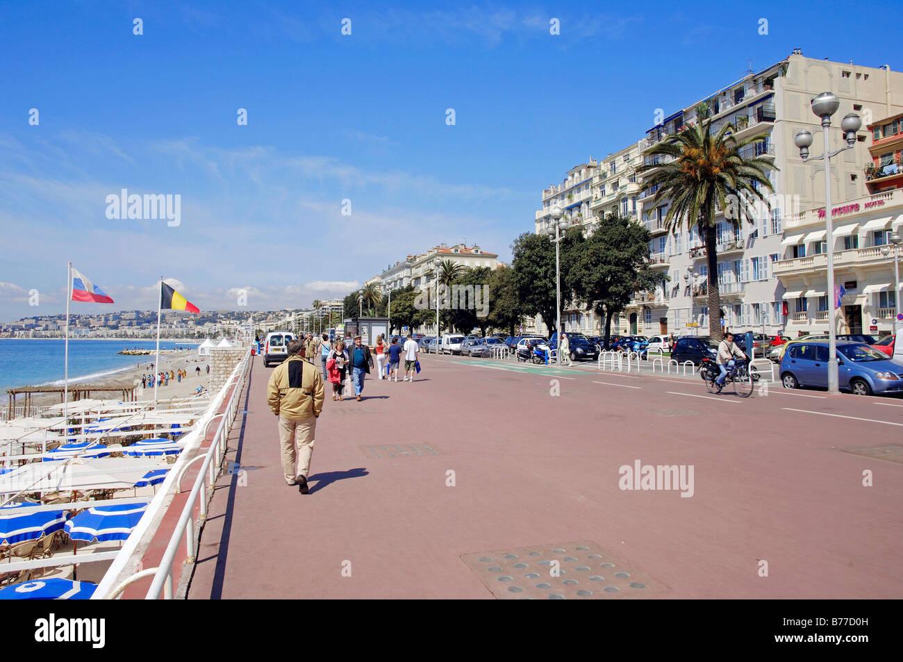 Lungomare Promenade des Anglais, Nice, Alpes-Maritimes, Provence-Alpes-Côte d'Azur, in Francia meridionale, Immagini Stock