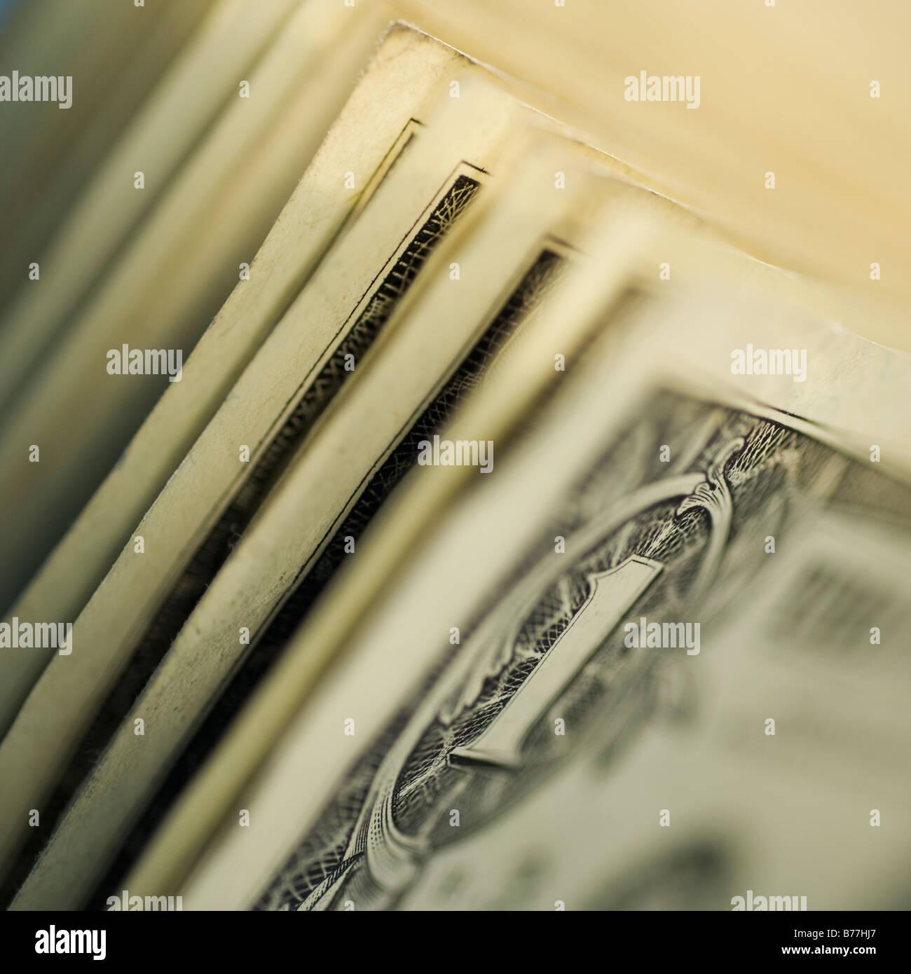 In prossimità di uno le fatture del dollaro Immagini Stock