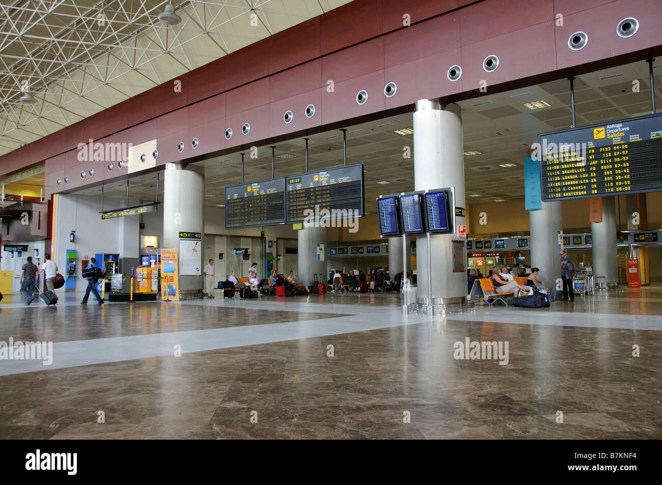 Aeroporto Tenerife Sud : Aeroporto compagnia aerea terminal arrivi e partenze bordo