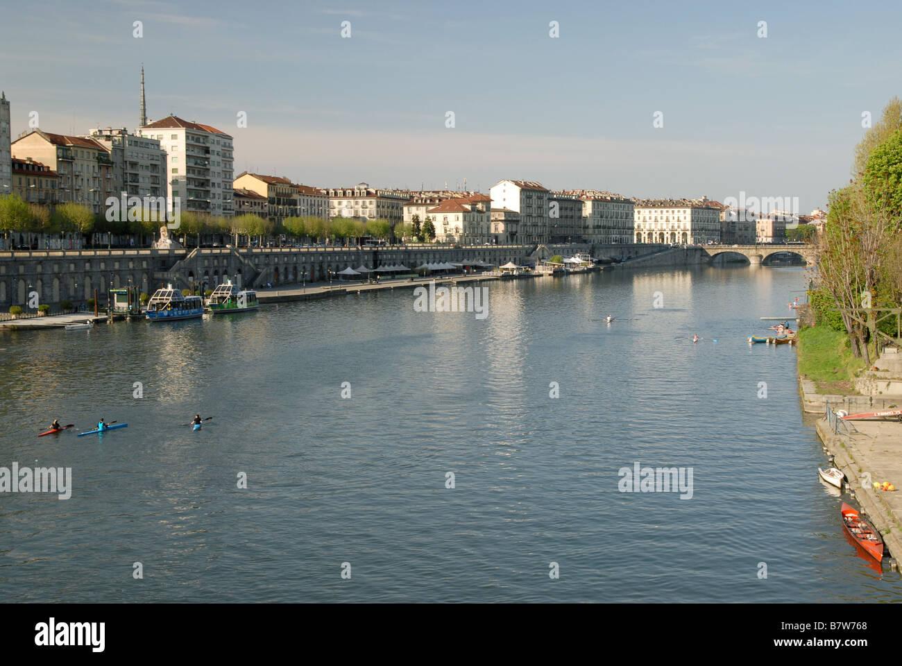 Il fiume Po, Torino, Piemonte, Italia Foto Stock