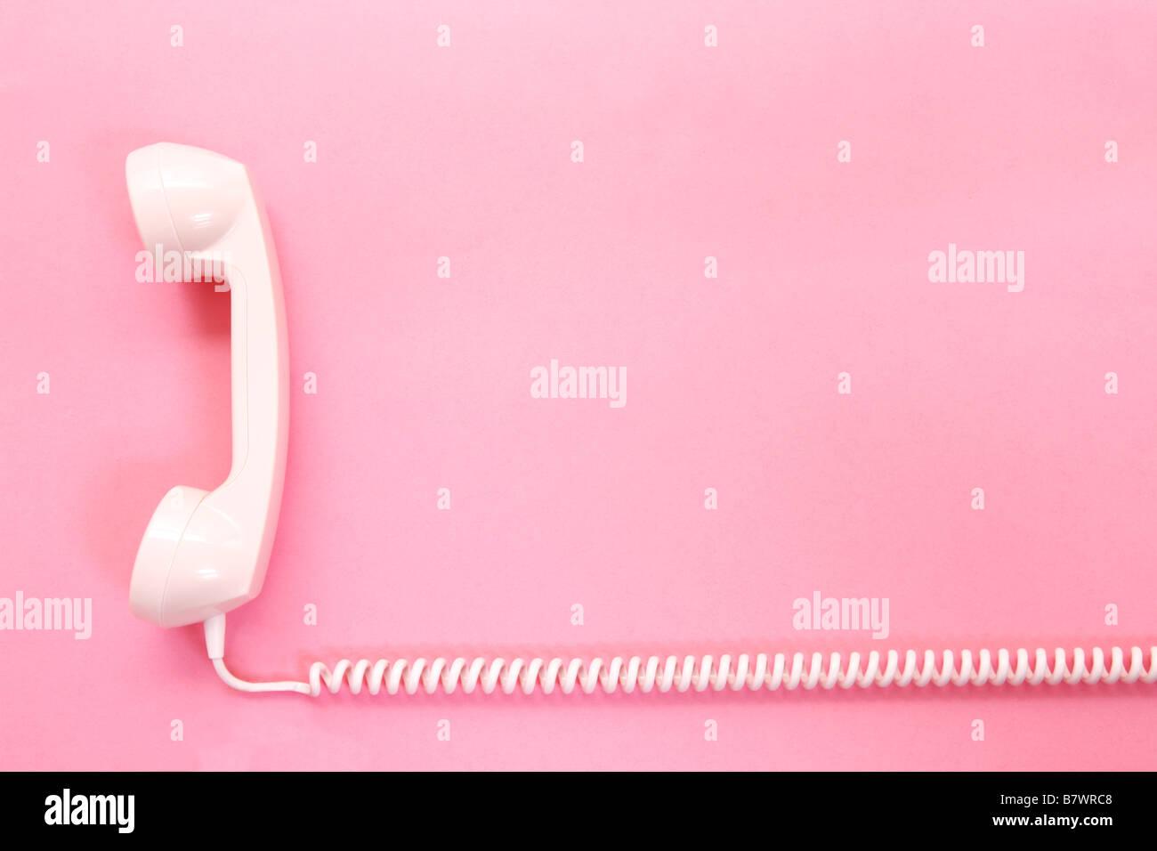 Un Telefono Rosa Su Sfondo Rosa Foto Immagine Stock 22080136 Alamy