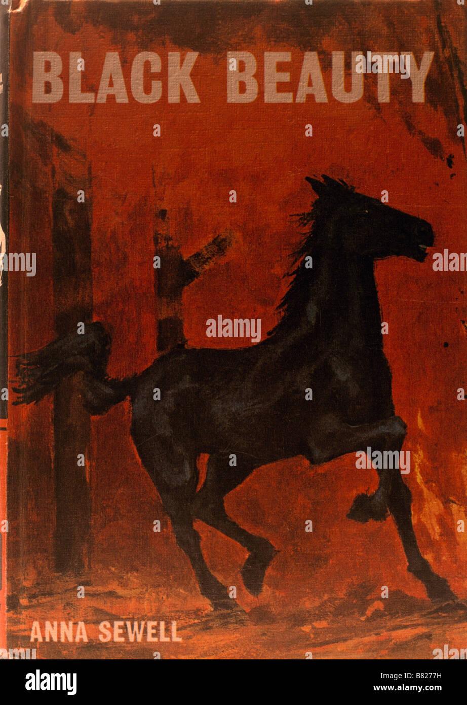 Copertina del libro per bambini Bellezza nera scritto da Anna Sewell Immagini Stock