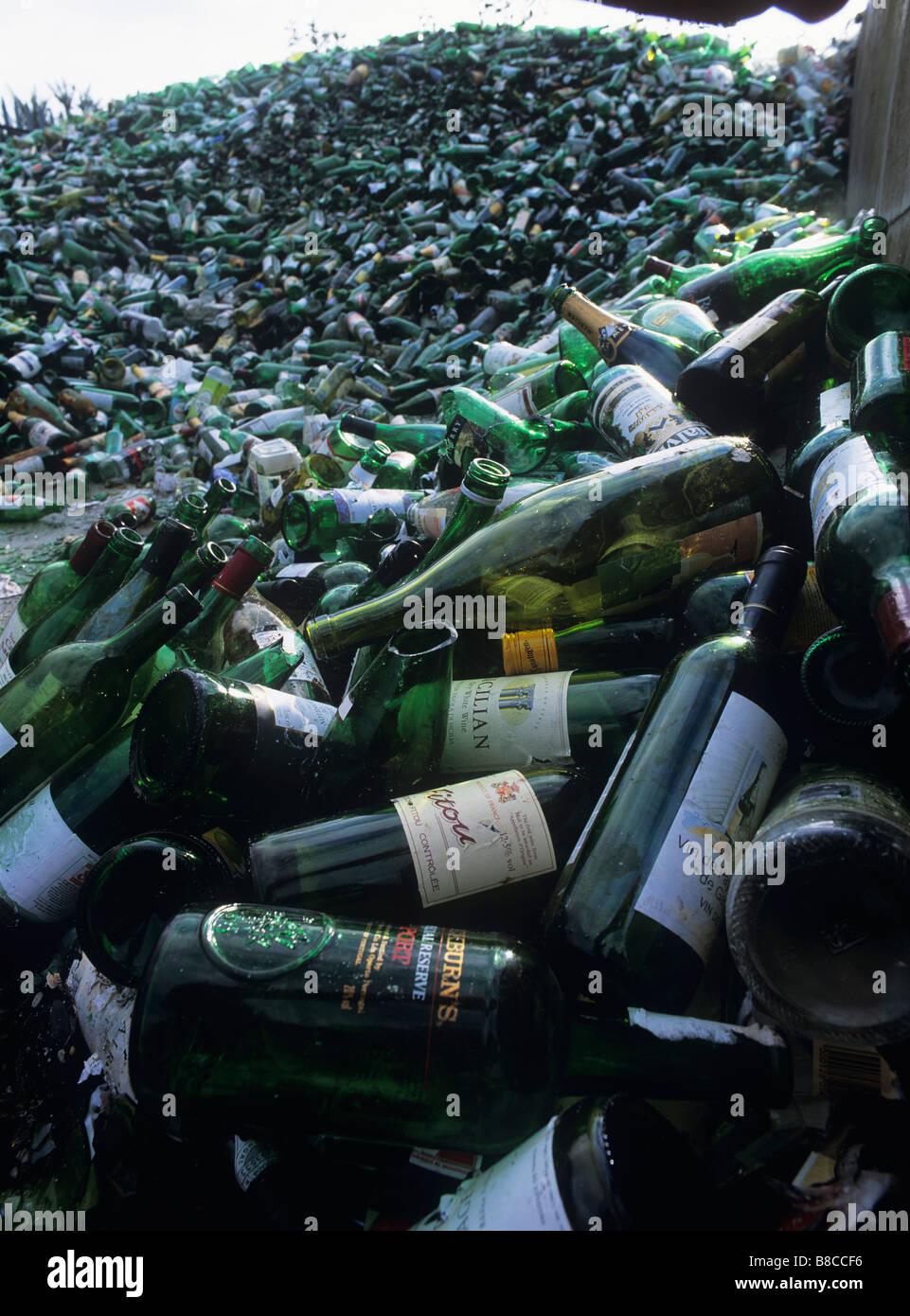 Bottiglie per il riciclaggio Immagini Stock