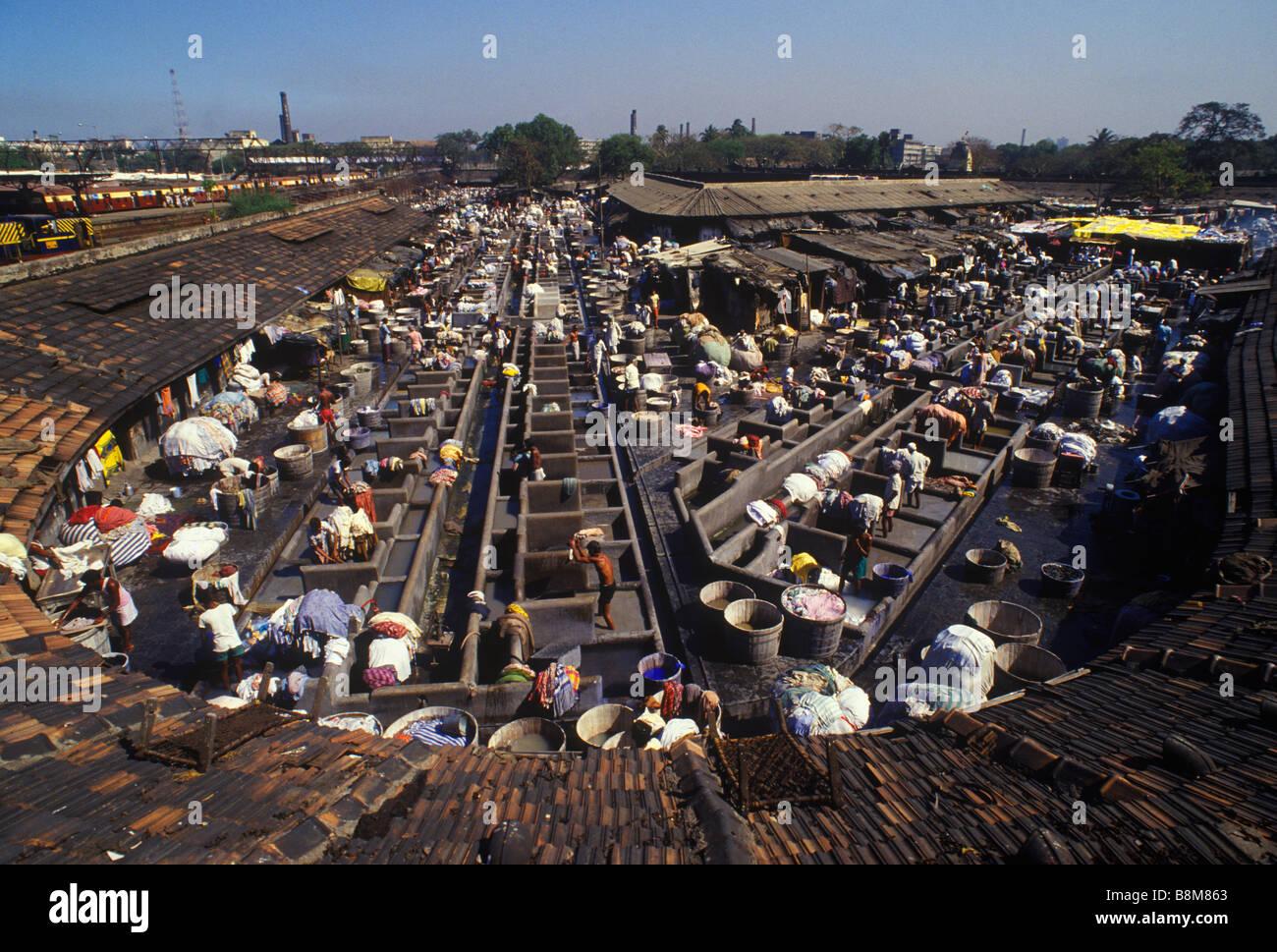 Mumbai Bombay il bucato a mano in India HOMER SYKES Immagini Stock