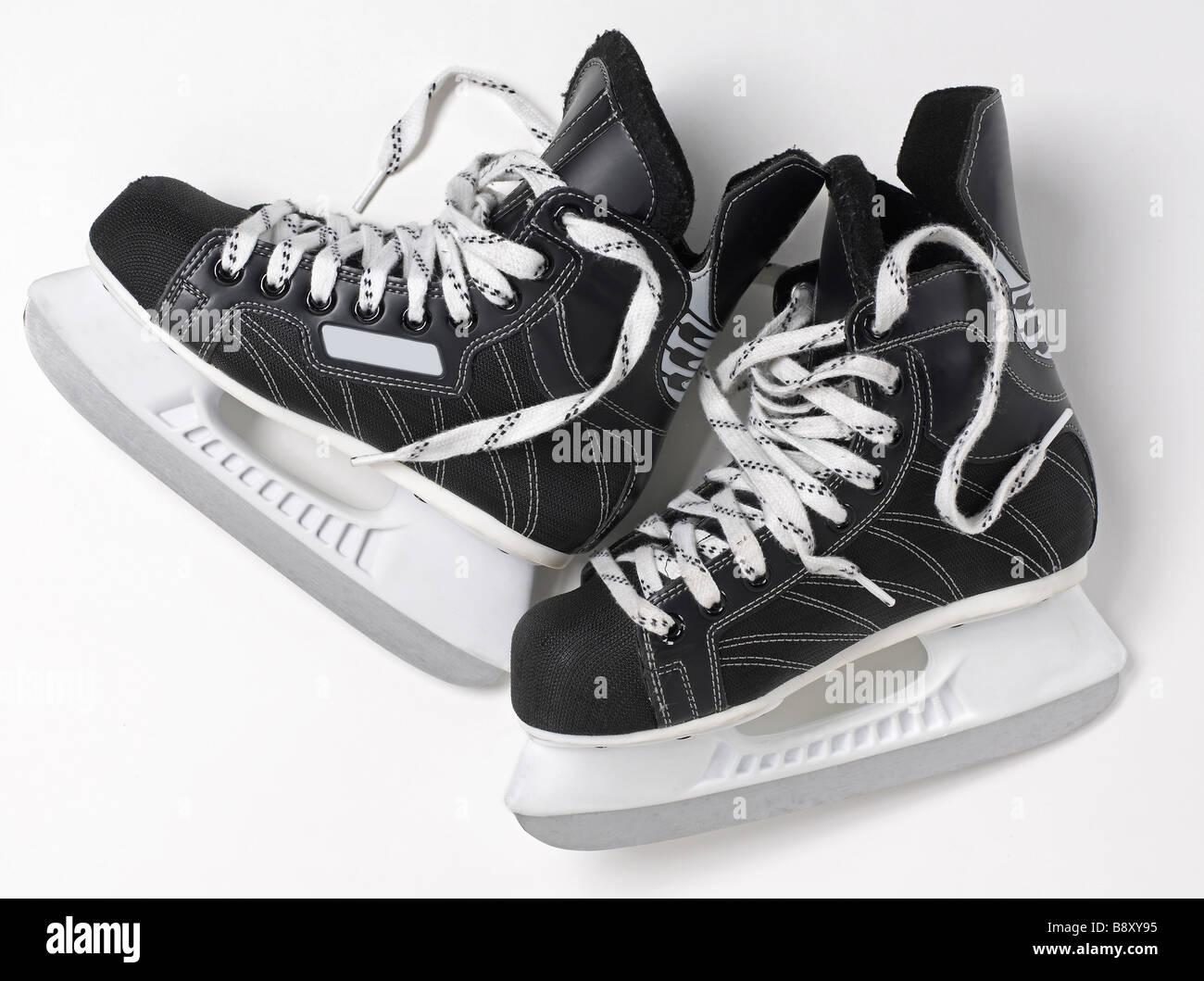 Hockey su ghiaccio pattini vista in elevazione Immagini Stock