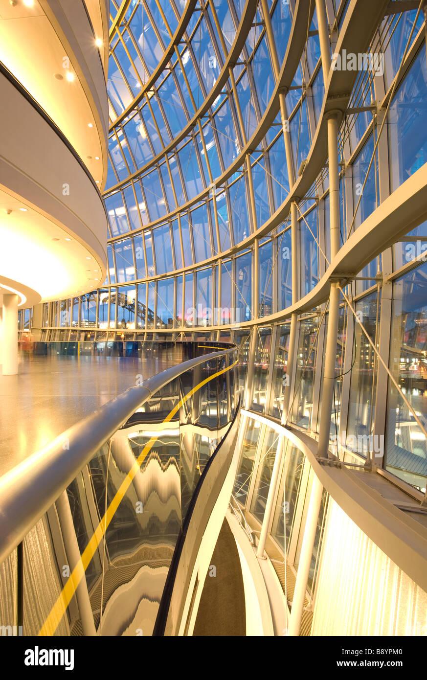 All'interno Il Sage Gateshead, Norman Foster la sorprendente music center sulle rive del fiume Tyne. Foto Stock
